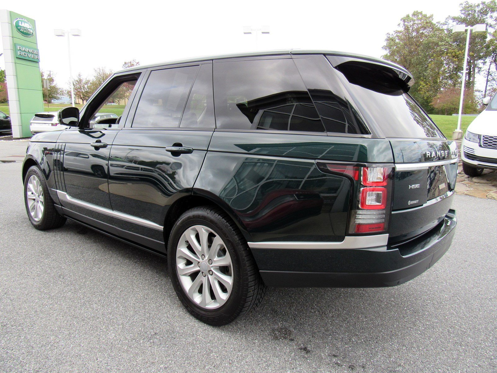 Pre-Owned 2016 Land Rover Range Rover HSE