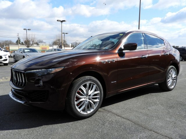 Certified Pre-Owned 2018 Maserati Levante GranLusso