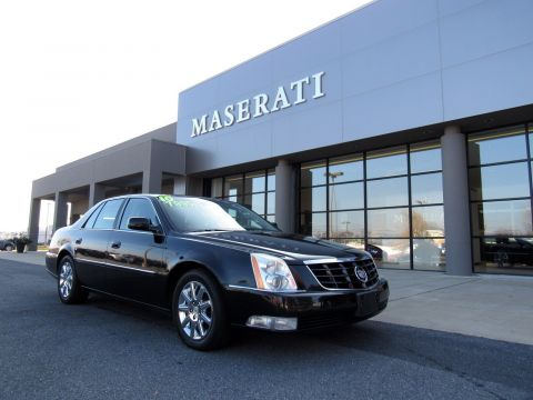 Pre-Owned 2010 Cadillac DTS w/1SD